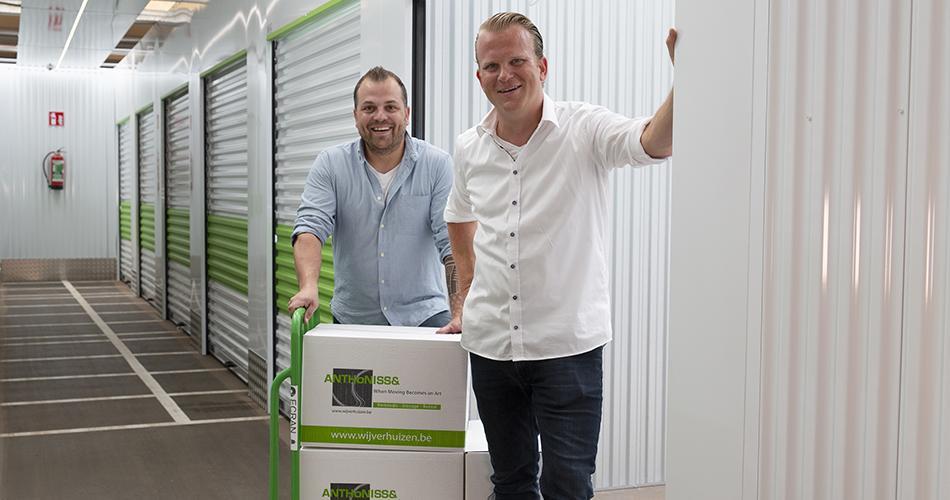 meubelopslag van Anthonissen Moving & Logistics